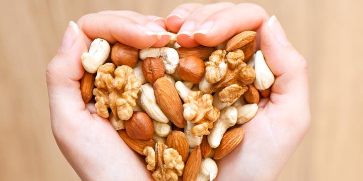 Mit Nüssen vor Herzinfarkt schützen