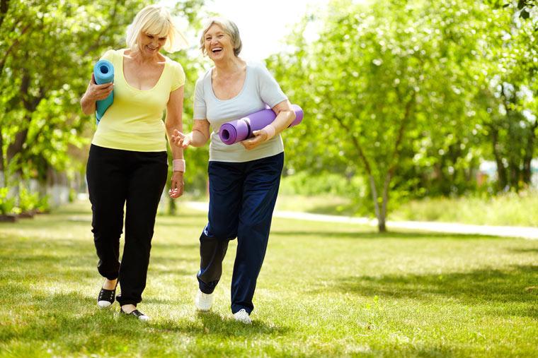 entspannte Bewegungsformen gegen Gelenkbeschwerden