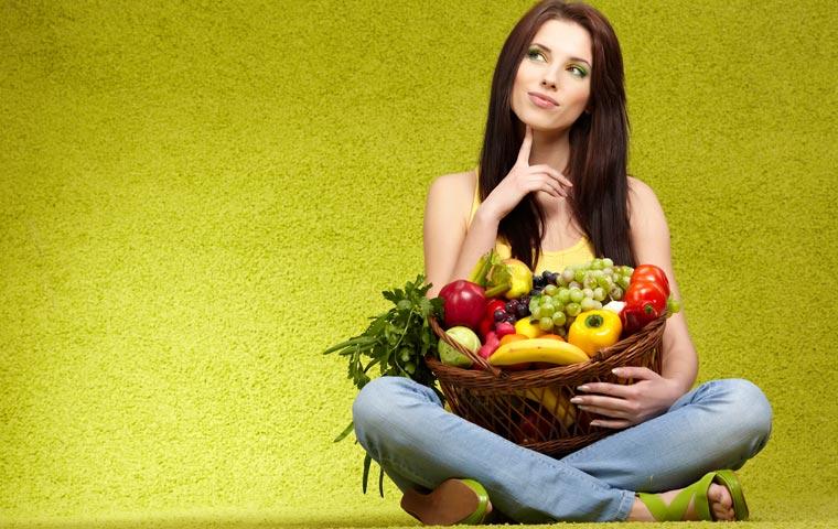 wie kann man seinem Körper ausreichend Vitamine, Spurenelemente und sekundäre Pflanzenstoffe zuführen?