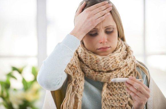 Die besten Hausmittel gegen die Sommergrippe