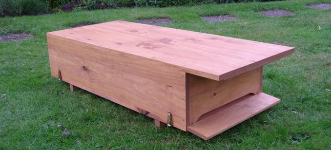 bienenkiste f r den garten zum selber bauen. Black Bedroom Furniture Sets. Home Design Ideas