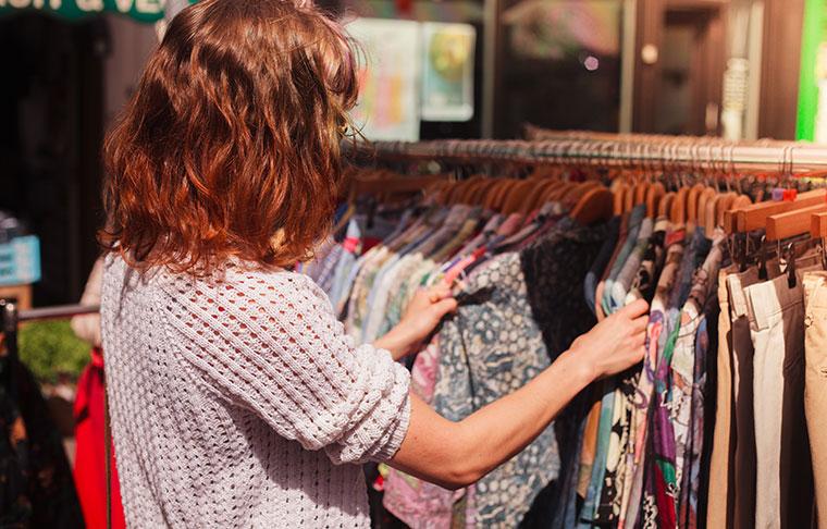 Einkaufen in Second-Hand-Läden schont die Umwelt