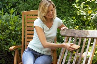 Gartenmöbel pflegen