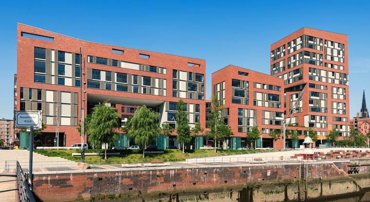 Die Architektur der Hamburger Hafen-City präsentiert sich modern ? und grün.