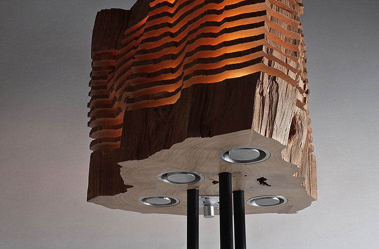Upcycling Designer Lampen aus Brennholz gebaut Handarbeit und Naturholz