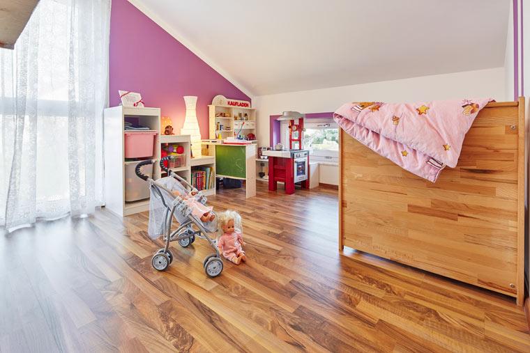 Großes Kinderzimmer