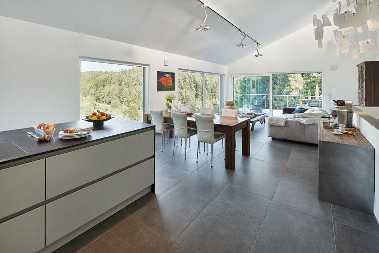 Offene und flexibel nutzbare Wohn-, Ess- und Kochbereiche