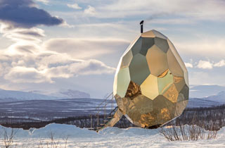 Solar Egg - eine eiförmige Sauna im Norden Schwedens