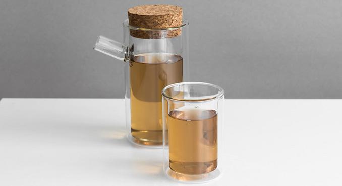 Teeservice aus doppelwandigem Glas