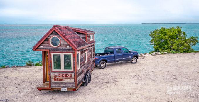 Auch am Meer kann in seinem Tiny house wohnen