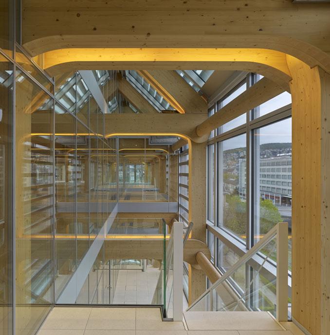 Das Holzhaus in Zürich ist ein außergewöhnliches Bürogebäude
