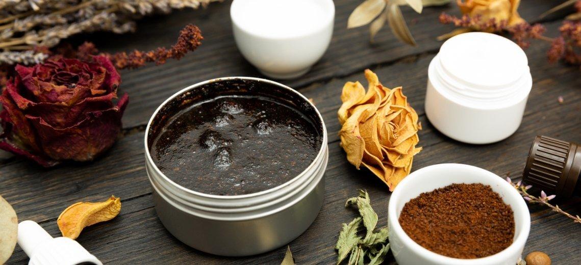 Kaffeesatz als Dünger oder Peeling: 16 sinnvolle Arten, Kaffeesatz zu recyceln