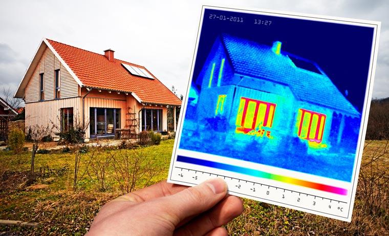 Die EnEV 2016 sieht eine um 20 Prozent effizientere Gebäudedämmung für Neubauten vor. Um dies zu erreichen wird zukünftig der Einsatz von hochdämmenden Fenstern noch wichtiger.