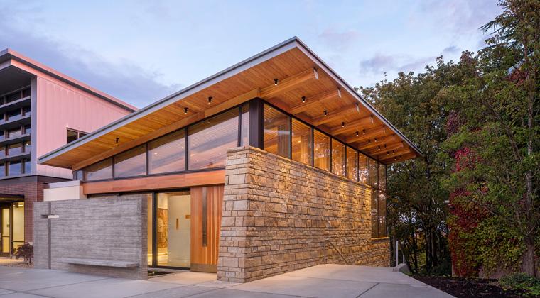 Haben Sie jetzt auch Lust bekommen, sich mit Holz und seinen vielseitigen Verwendungsmöglichkeiten auszutoben?