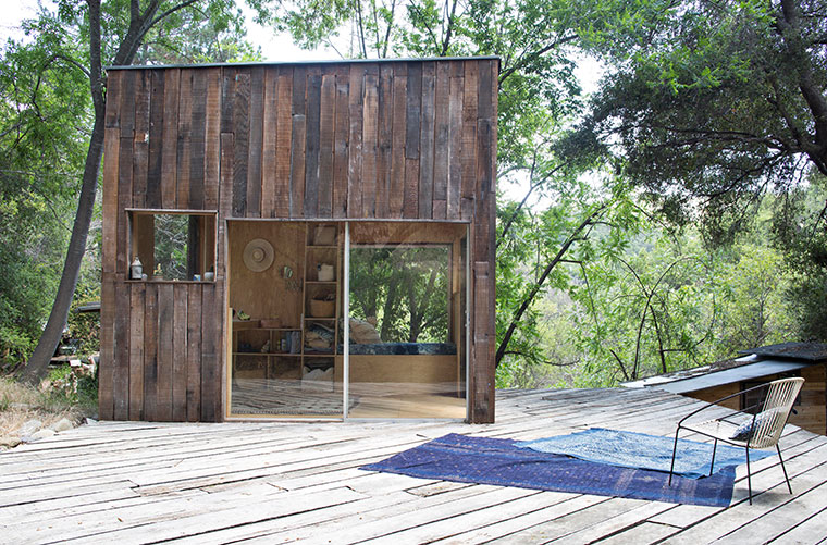 minimalistisch leben auf nichts verzichten tiny house aus. Black Bedroom Furniture Sets. Home Design Ideas