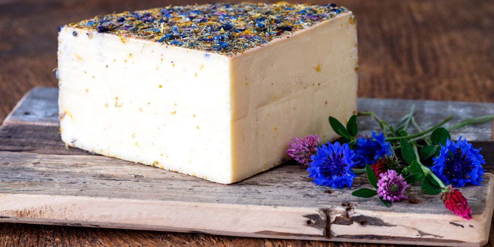 Mit dem Kauf von Käse die Artenvielfalt schützen: So geht's!
