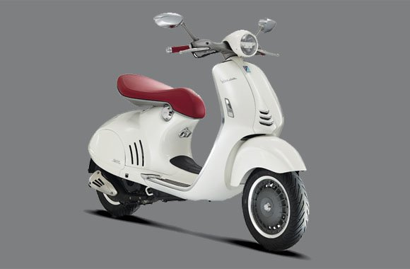 Traditions-Roller auf High-Tech-Niveau: Vespa 946