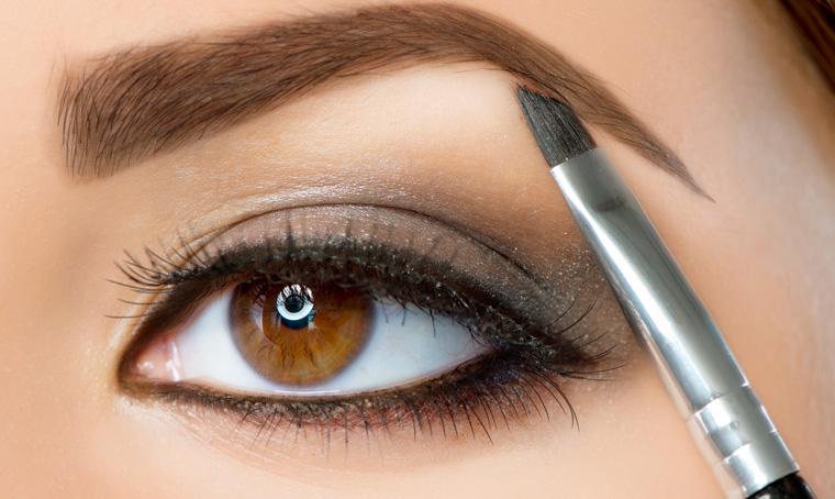 Augenbrauen formen und augenbrauen schminken so funktioniert es ...
