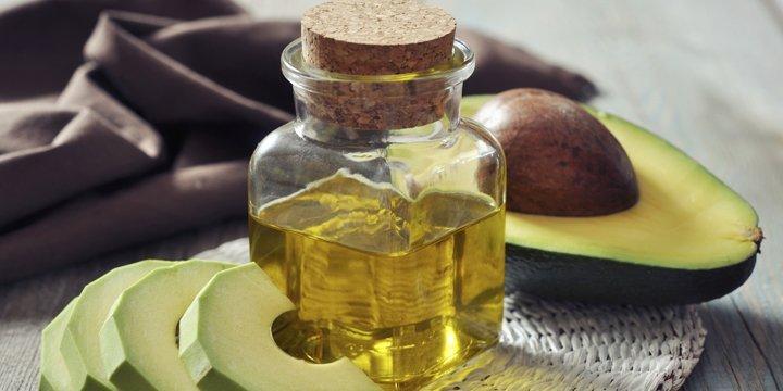Avocadoöl oder Kokosöl: Was ist besser für die Haut?