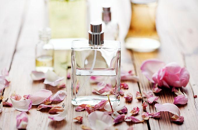 d fte parabene in parf m und kosmetik kann allergien krebs ausl sen. Black Bedroom Furniture Sets. Home Design Ideas