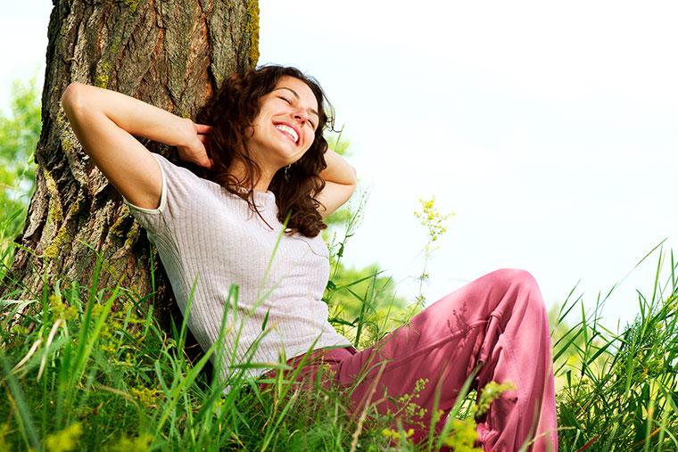 Die besten Tipps gegen allgemeinen und plötzlichen Schweißgeruch