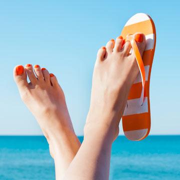 5 Pediküre Tipps für natürlich schöne Flip Flop Füße