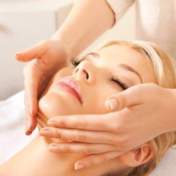 Faltenfrei und entspannt ohne Kosmetik oder Botox