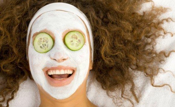 Gurken-Kosmetik: Scheibchenweise Erfrischung und tolle Hautpflege