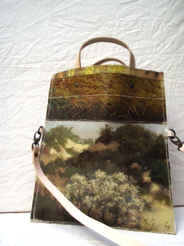 Vintage Style: Einmalige Recycling-Handtaschen aus Ölgemälde
