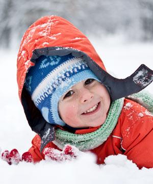 Hautpflege im Winter bei Kindern: Kinderhaut schützen