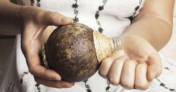 Kokosöl macht zarte Hände