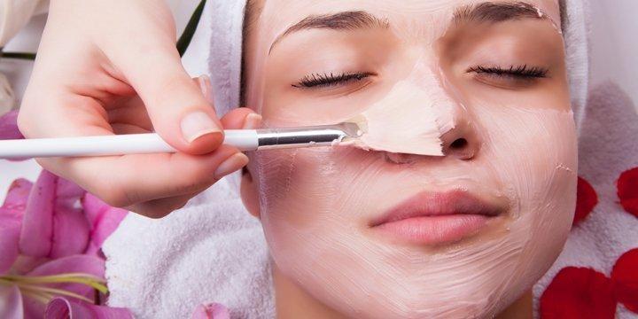 Pflegende Bio-Gesichtsmasken gegen Falten