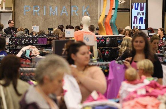 Janine Steeger: Hinter billiger Kleidung stecken schlechte Arbeitsbedingungen