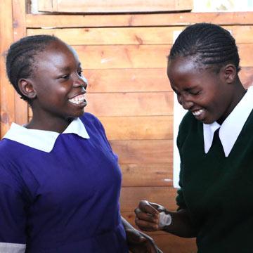 Menstruationstasse hilft Frauen