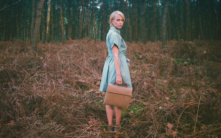 Die Tree Bag, also ?Baum-Tasche?, der niederländischen Marke Rewrap stellt eine tolle Alternative zu herkömmlichen Leder-, Stoff- oder Plastiktaschen dar.