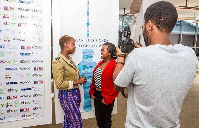 Das Interesse ist da und die afrikanischen Modemacher präsentieren sich in bestem Licht © Shifteye for ADFT