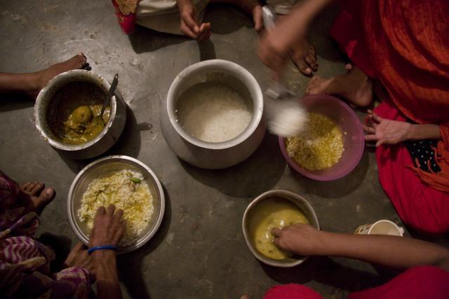Clean Clothes Campaign: Faire Löhne in asiatischer Textilindustrie Mangelware