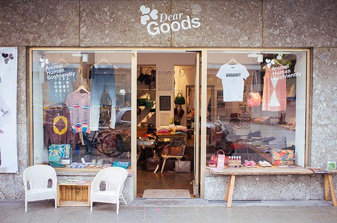 Die Stores von DearGoods sind tier- und umweltfreundlich und außerdem fair hergestellt © Jo Henker