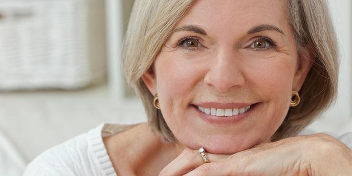 Selbstbewusst und zufrieden Altern
