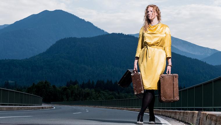 Zur Nachhaltigkeit der Bekleidung gehört auch, dass sich die Designerin nicht an kurzlebigen Trends orientiert.