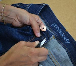 nachhaltige jeans ko jeans aus bio baumwolle umweltfreundliche hosen. Black Bedroom Furniture Sets. Home Design Ideas