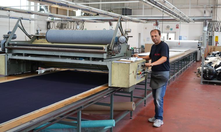 Herstellung der Öko-Jeans von goodsociety.