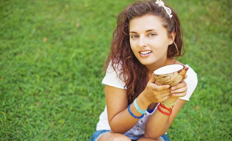 Natives Kokosnussöl ist ein wahres Beautywunder.