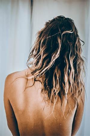 So wäscht man seine Haare richtig