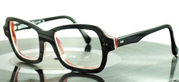 Die Kombination aus Form, Farbe und Material ergeben ein wunderbares Upcycling-Designstück ©Tipton Eyeworks