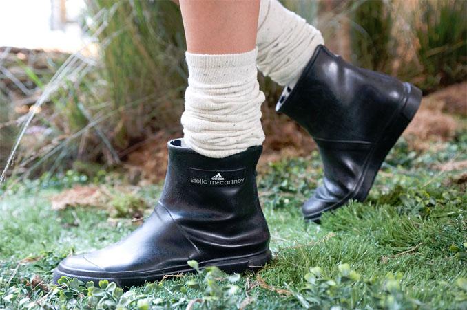 Komplett ohne PVC werden diese Stiefeletten produziert ©adifans