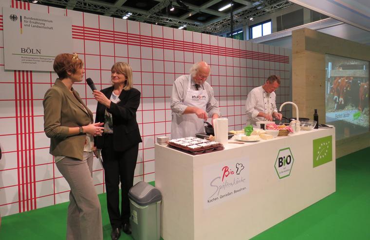 Alfred Fahr und Bernd Trum in der Gourmet Küche.