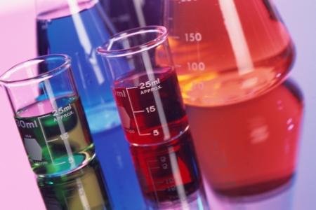 Chemieunfall in Kraft-Werk und was Lebensmittel mit Chemie zu tun haben