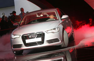 Deutsche Politiker schneiden im diesjährigen Dienstwagen-Check besser ab © Scott Olson/ Getty Images News / Thinkstock