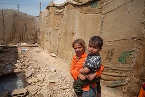 Kinder, Frauen und Mädchen sind besonders auf die Beleuchtung in Flüchtlingslagern angewiesen. ©AhmadSabra/iStock Editorial/Thinkstock